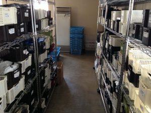 倉庫内はきっちりと整理整頓されている